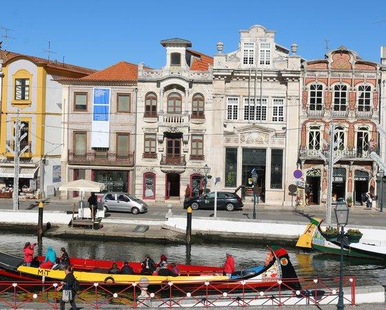 Museu cidade aveiro ria moliceiros 1 560 450