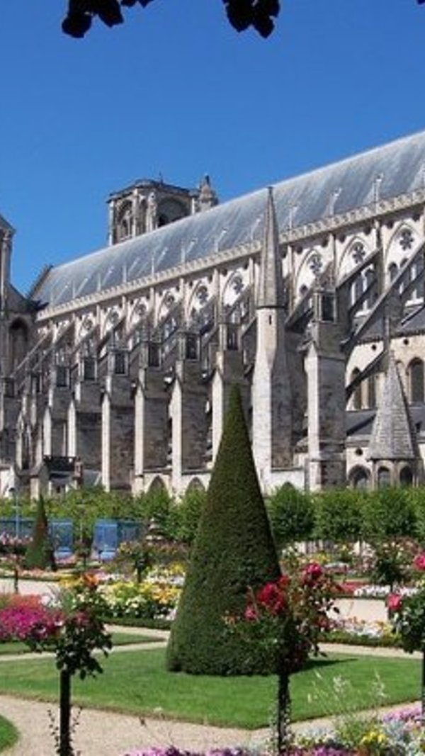 la_cathedrale_de_bourges__1_